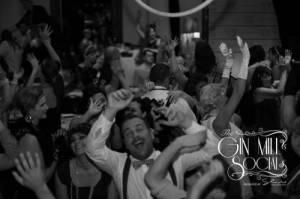 audience-dancing