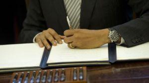 _69685453_obama_signing_afp